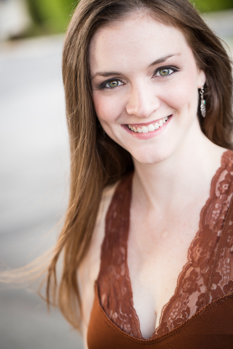 Laura Reidy Headshot